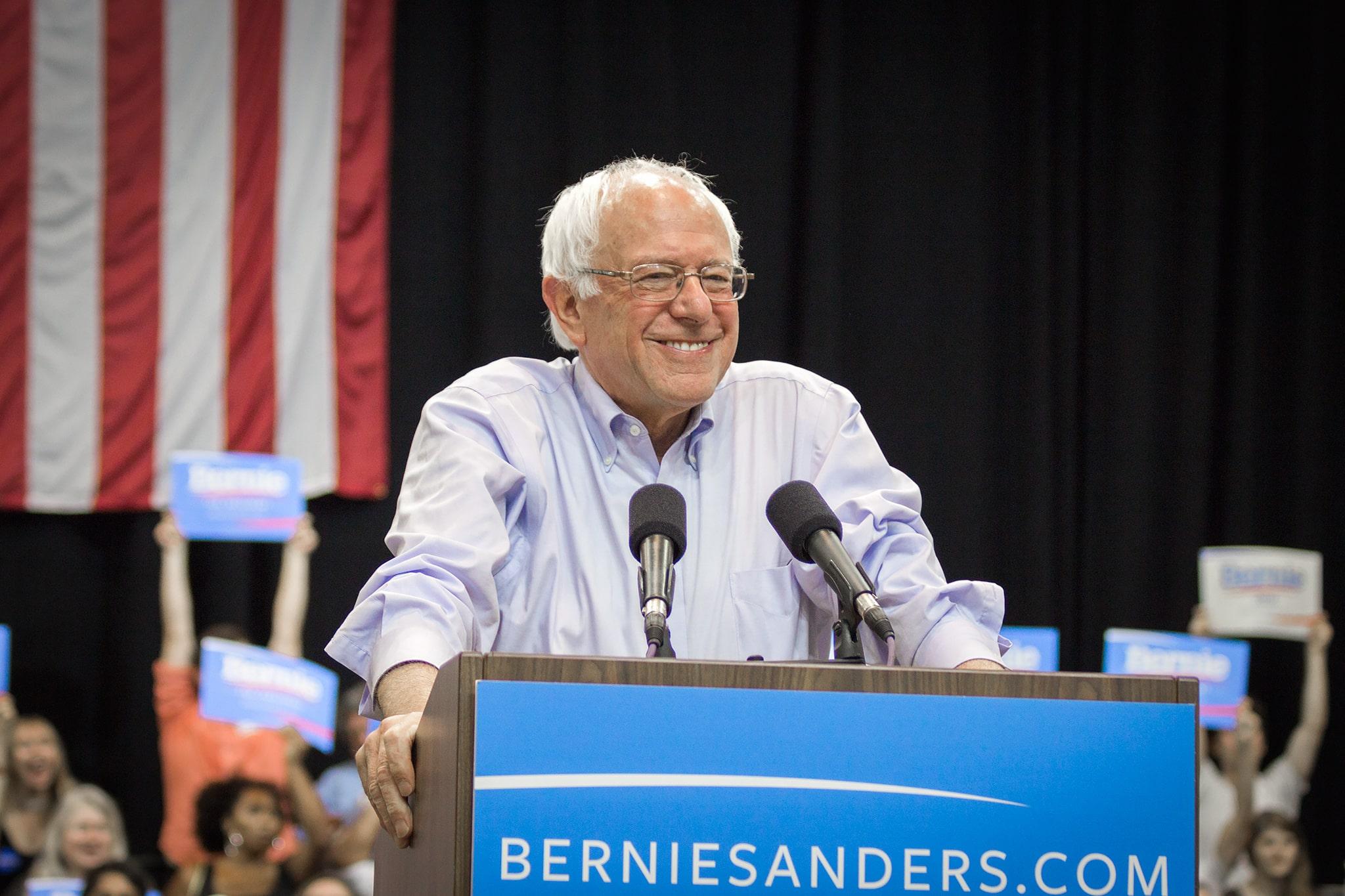 https://commons.wikimedia.org/wiki/File:Bernie_Sanders_(20033841412_24d8796e44_c0).jpg